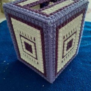 Purple and white tissue box cover